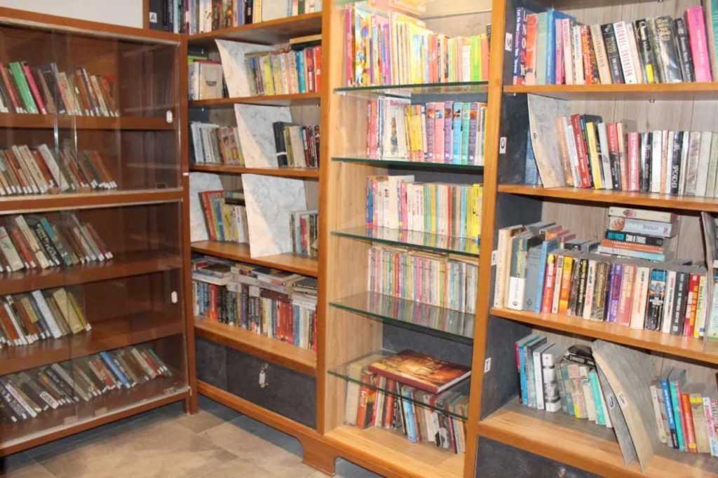 Book-Library-at-Raah-Pune